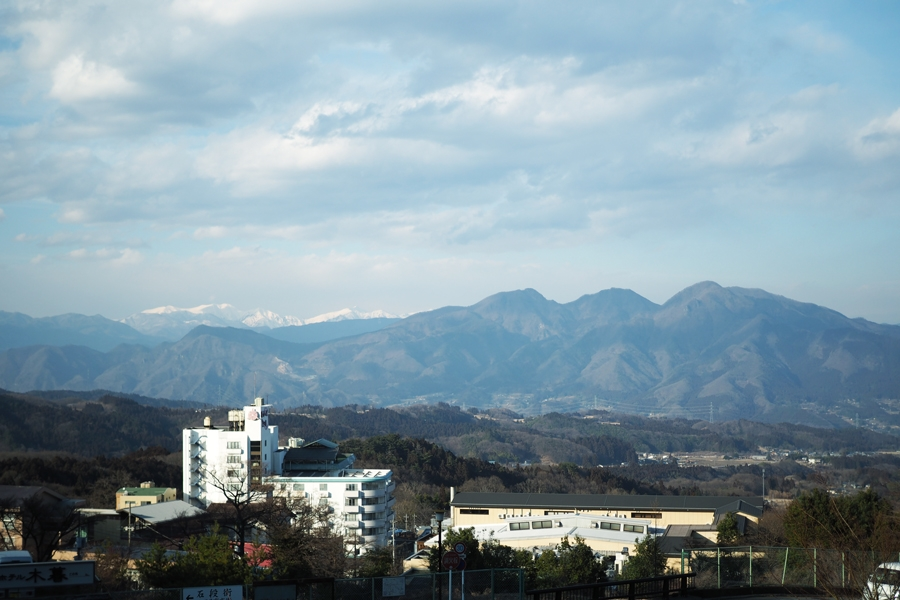 伊香保の高台から望む山々