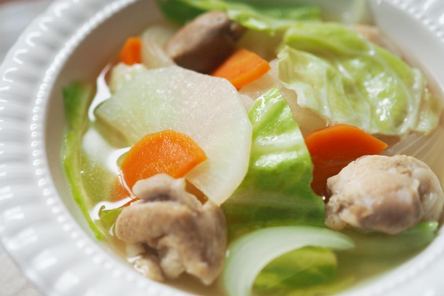 野菜たっぷりスープで身体もぽかぽか
