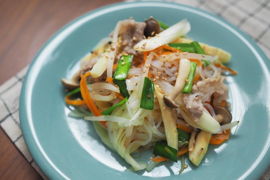 たっぷり野菜としらたきの塩チャプチェ