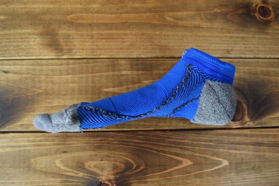 耐久性の高い靴下