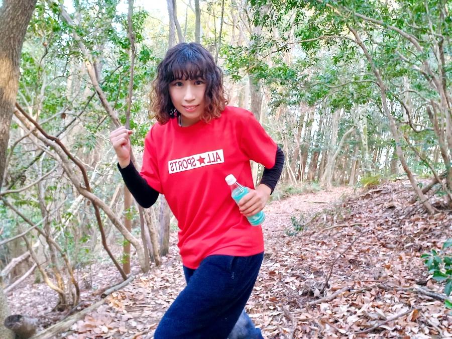 初めてのトレランで様々な種類の地形を走り、特にバランス感覚向上を実感しました。